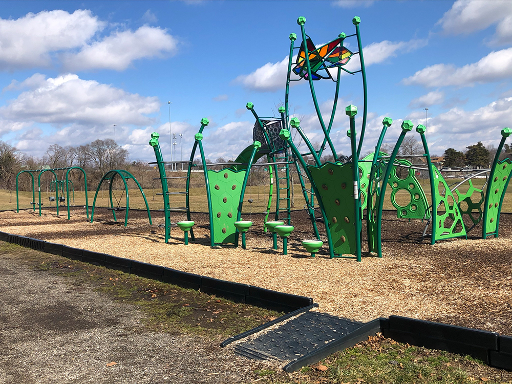 Weis Playset Canton Parks & Recreation
